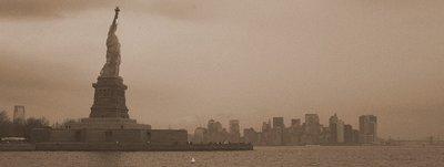 Statue of Liberty New York13-004