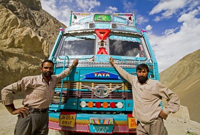 Hitch-hiking in Kashmir