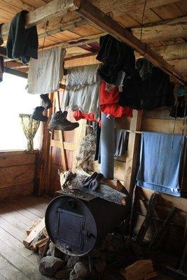 Clothes drying arrangements at Los Laquitos refugio