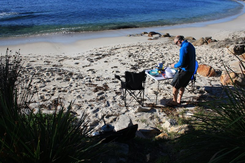 Making brekkie on Hyam beach