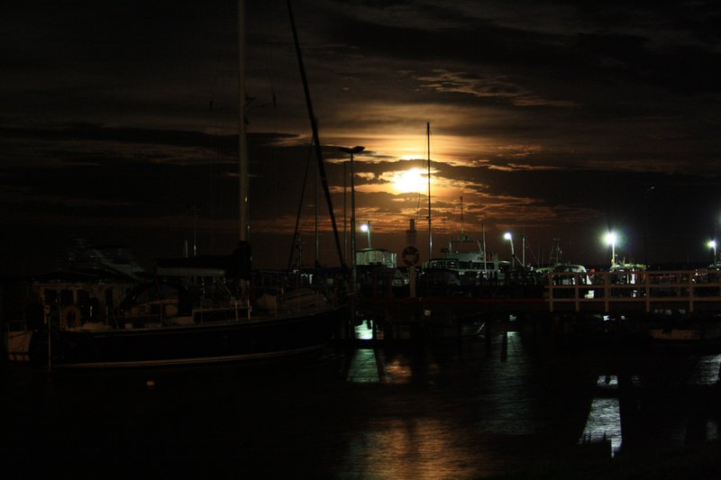 Moon rise over Port Albert