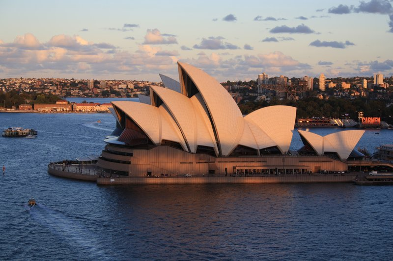 Opera house in all it&#39;s glory.