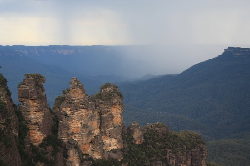 Thunder clouds over Three Sisters
