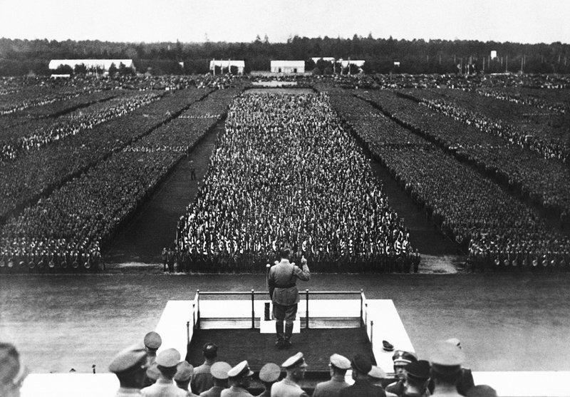 large_Hitler_1.jpg