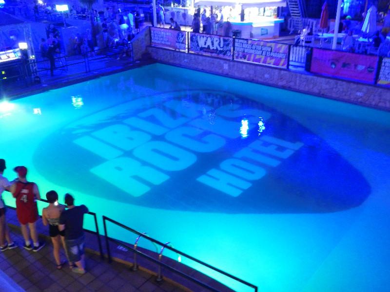 large_Ibiza_100.jpg