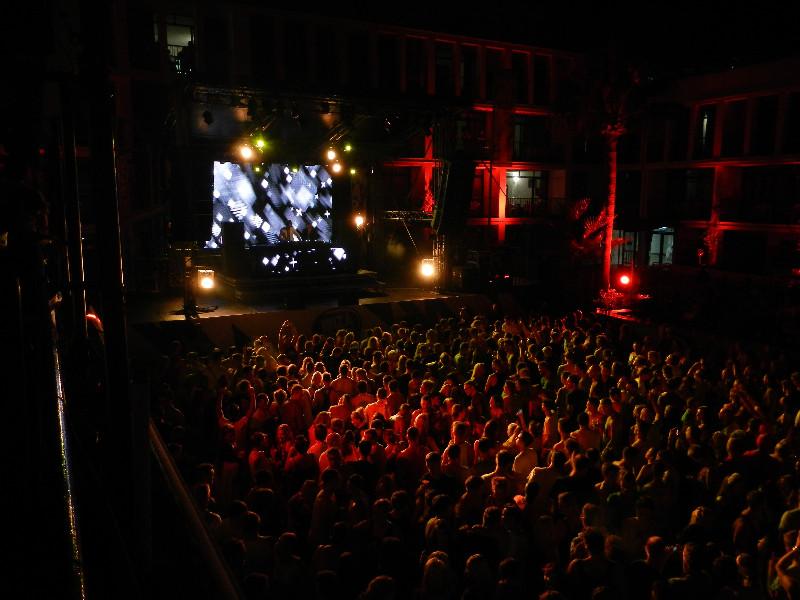 large_Ibiza_140.jpg