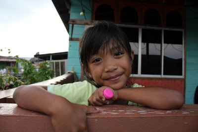 Noliya, 8 years old, met in Kampung Ayer (Water Village)