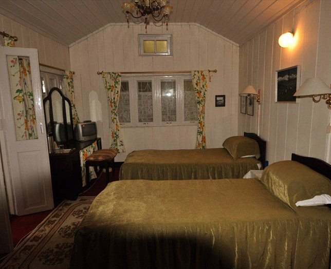 The Tinker Belle's Cottage. 2nd Room. Twin style