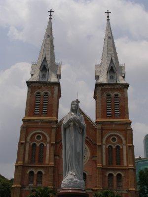03. Katedra Notre Dame HCMC