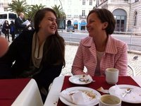 Allanah and Erin at Rossio pastelaria