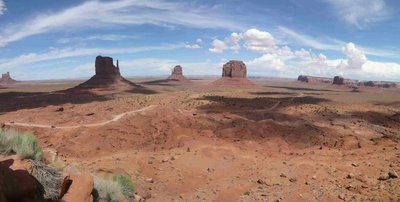 Monument Valley met de road