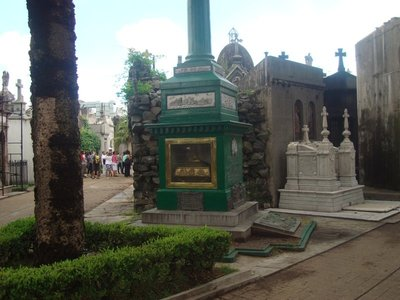 Irish grave at Recoleta