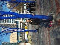 blauer Baum trifft pinke Schuhe :)