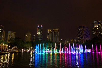 KLCC fountains 2