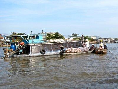 Floating market exchange