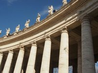 Columns surrounding St Peters Square