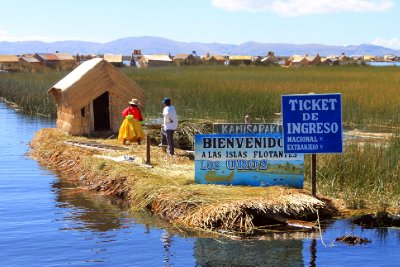 The main entrance to the Uros floating islands