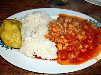 Lake Bunyoni - Crayfish masala with rice and sweet potato