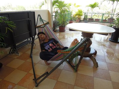 15 JAN - I borrowed the hammock from Pay for the entire day. I left ACODO during the first class.