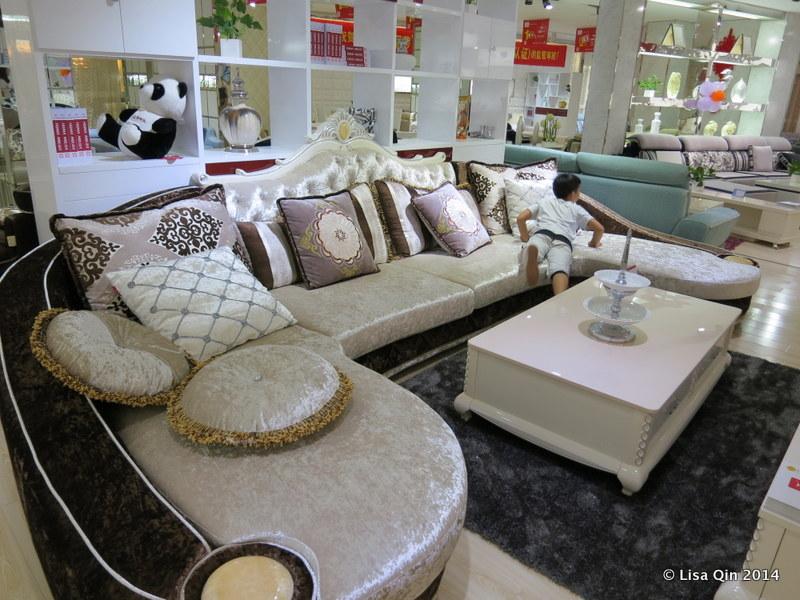 New money requires ostentatious furniture