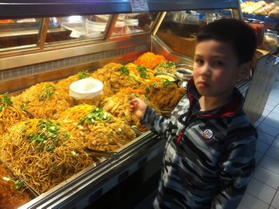 Skyler with all kinds of cold noodles