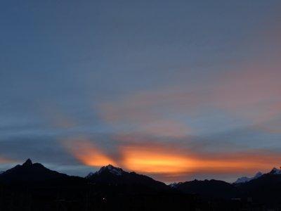 dawn mountains huaraz