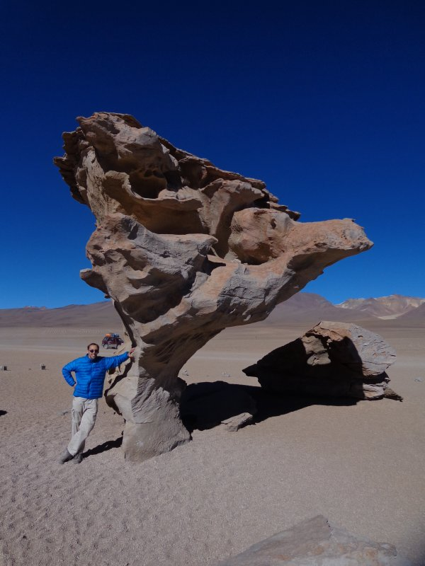 large_mike_and_arbol_de_piedra.jpg