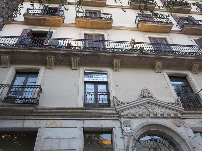 large_Barcelona_054.jpg