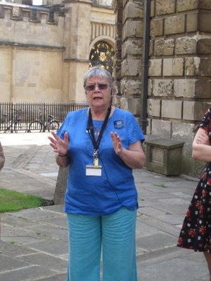 Tour guide at Bodleian, she looks eerily like my aunt Mig