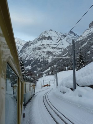 The train down to Grund