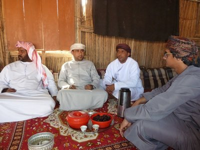 Kawah (Coffee with cardamom) and Dates with the locals