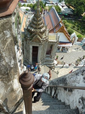Looking down the scary 2nd flight of steps at Wat Arun
