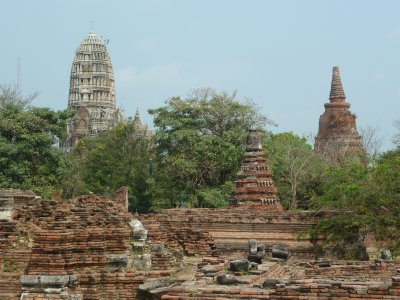 The pagoda at Wat Maha That