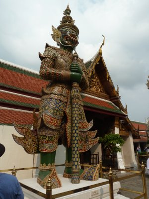 Giant guarding the entrance to the Temple of the Emerald Buddha
