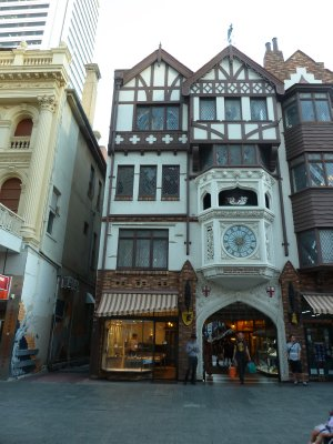 London Court Shopping Arcade, Perth