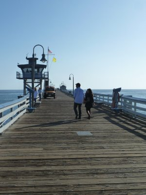 Looking out along San Clemente Pier
