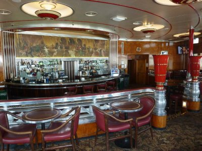 The Observation Bar on the forward Promenade Deck