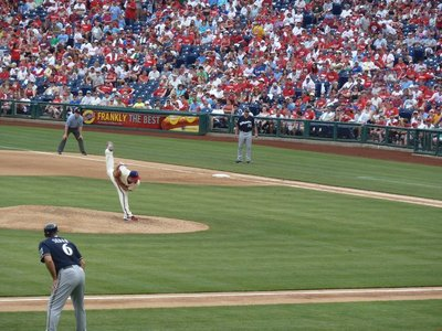 Cliff Lee pitching for the Phillies