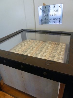 $1,000,000 in $10 notes on display in the Bureau of Engraving and Printing
