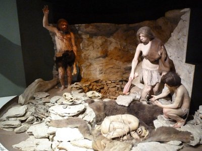 Recreation of a Neanderthal Burial in the Ice Age Hall