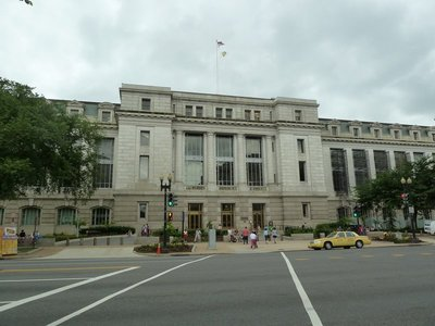 The National Museum of Natural History on Constitution Avenue