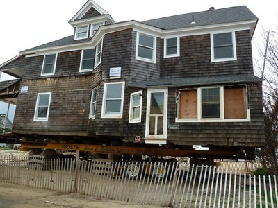 House on wheels following Hurricane Sandy