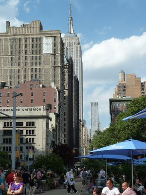 Looking up 5th Avenue toward the Empire State Building from Madison Square Park