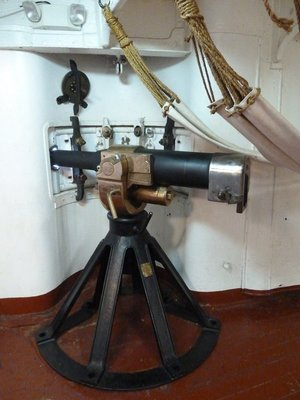 6-pounder (57 mm (2.24 in)) anti-torpedo-boat gun in a casement below deck
