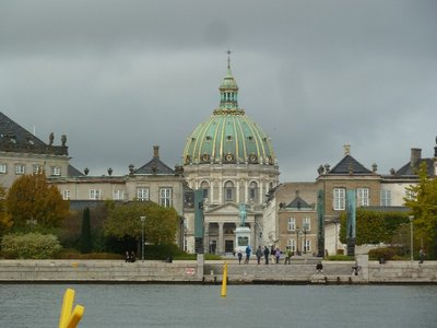 Marmorkiken Marble Church and the Royal Palaces from the water