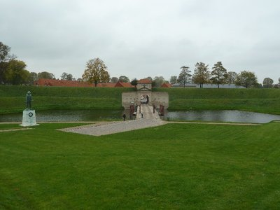 The southern entrance over the most at the Kastellet