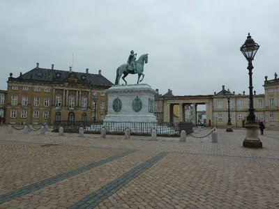 King Frederik V's statue in the middle of the square at the Amalienborg Palace
