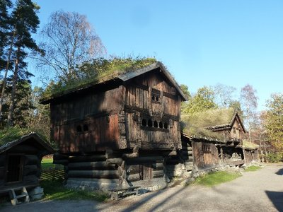 There were quite a few old wooden houses from all over Norway