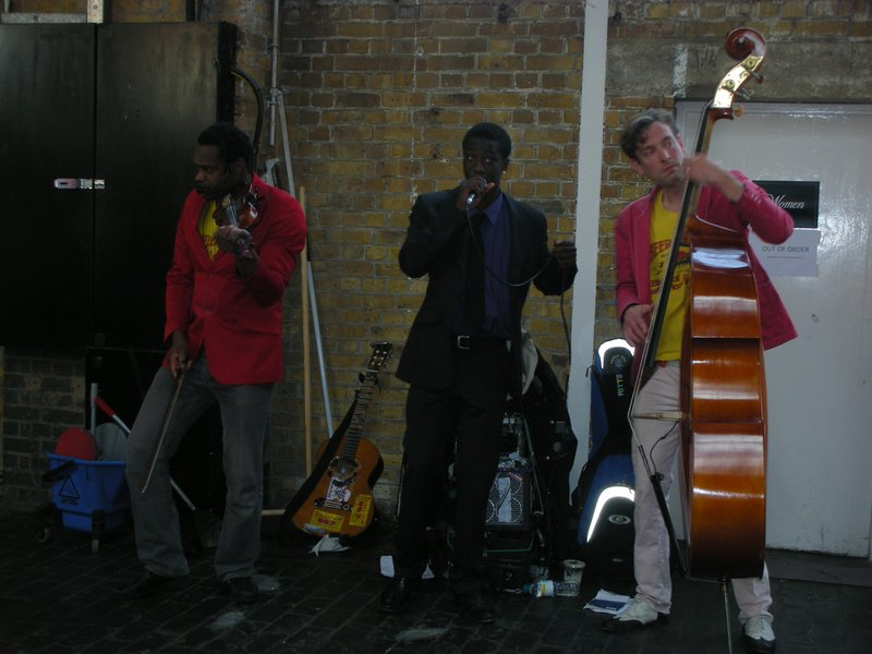 Brick Lane in East London - Street Music