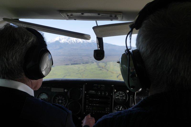 Met Cessna boven Tongariro Park